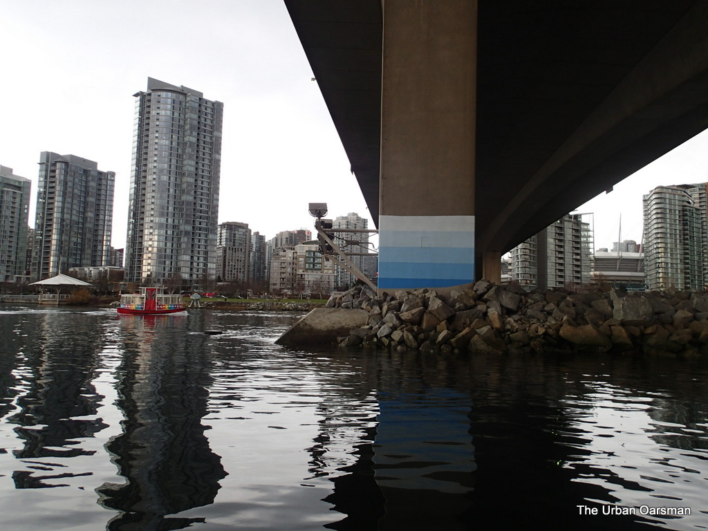 The Urban Oarsman Rows to False Creek on December 28th, 2013