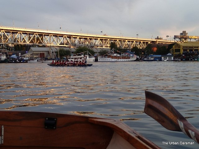 The Urban Oarsman rows Gwragedd Annwn to the Vancouver Wooden Boat Festival 2013